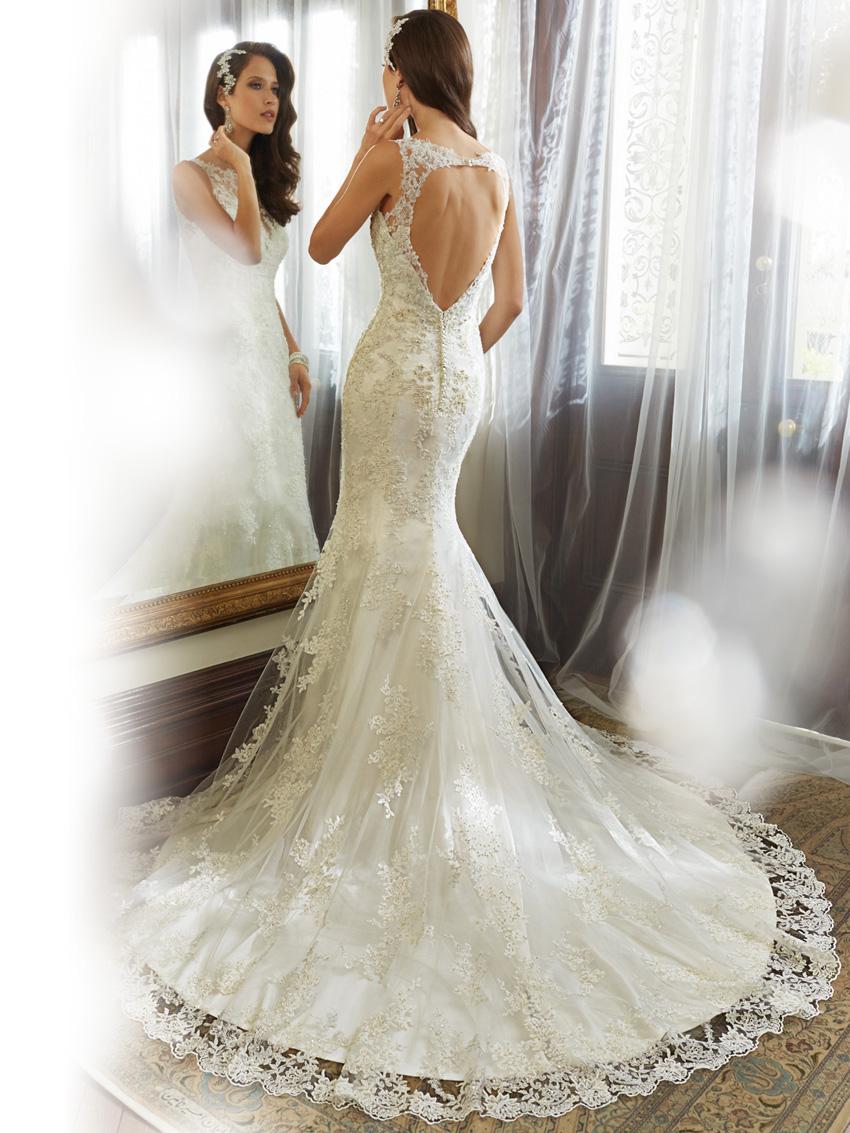 Y11557_bk_Designer-Wedding-Dresses-2015.jpg