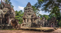 Thommanon Temple, Angkor, Cambodia (J Whigham) Tags: temple asia cambodia structures siemreap angkor thommanon ancientbuildings