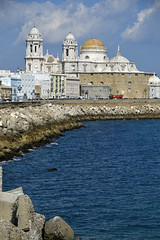 Cdiz. Catedral (Alfonso Surez) Tags: santa espaa azul mar agua maria catedral andalucia cielo cadiz oceano atlantico alfonsosurezlagares alfonsosurez