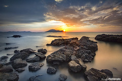 Sunset at beach  By canon 550d with tokina 11-16 Using casiotel pro glass system (yungs86) Tags: singkawang kalimantan kalimantanbarat indonesia canonasia casiotelfilter casiotel casiotelglass landscape landscapecaptures seascape sunset rock