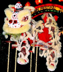 SINGAPORE LION DANCE (patrick555666751) Tags: singaporeliondance singapore lion dance singapura asie asia du sud est south east chinatown danse