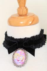 Choker in Black Velvet and Lace (Mademoiselle Mermaid) Tags: choker necklace black velvet lace pendant widechoker largechoker 90s 90sfashion 90sstyle mademoisellemermaid