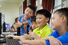 DSC_0745 (roger528852momo) Tags: 2016           little staff person explore summer camp hokuzine ever worker china youth corps ying qiao elementary school arduino robot food processing workshop taipei taiwan roger huang roger528852momo