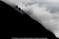 3PGraphis - Dreaming of the mountain (p3graphics) Tags: mountain mountains mountais fog foggy green bw bmw bew biancoenero profile nature natura naturale naturaleza riservanaturale italy piemonte ossola domodossola lagodellefate vco verbania alp alps altamontagna alpe alpi macugnaga 3pgraphics 3pgraphicsphotographer 3pgraphicsphoto 3pgraphicsfoto 3pgraphic lorenzopipi cloud clouds cloudsporn cloudporn