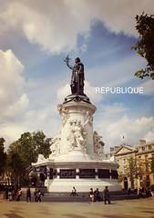REPUBLIQUE (Elisabeth de Ru) Tags: paris france geotagged parijs republique placedelarpublique parys  parisi   pariz  libertgalitfraternit lovelycity  celisabethderu camerasony300 elisabethderu