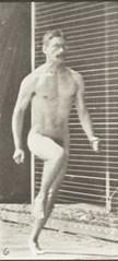 Nude man running (rbm-QP301M8-1887-066a~6)