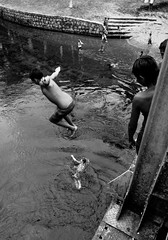 (Guilherme Scholz) Tags: people paran digital pessoa pessoas nikon flickr foto faces pb pr fotografia nikkor fotografo morretes contrastesocial paranaense d5100 nikond5100