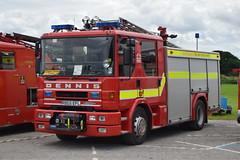R865 EFL (markkirk85) Tags: fire engine appliance dennis sabre john ex cambridgeshire rescue service r865 efl r865efl