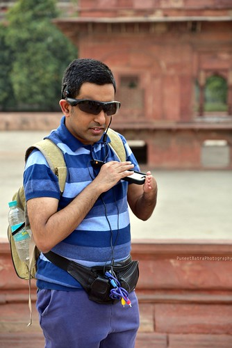 Accessible Tour of Red Fort, New Delhi: Pranav, one of our consistent supporter and traveller, who is blind was also a part of the Red Fort Tour.