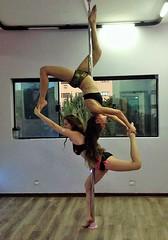 Escorpião e Cisne (agata_balazina@yahoo.com.br) Tags: poledance escorpião cisne scorpio swan