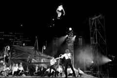 Cirque - Crpuscule - Ravivez les braises - Ville de Qubec - FlipFabrique - Variante (eburriel) Tags: pauline show circus circo cirque