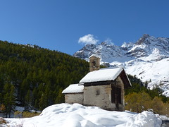 Chapelle  Fontcouverte (myvalleylil1) Tags: france montagne mountain hautesalpes nvache neige snow