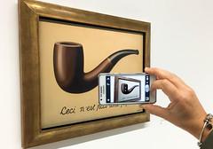 Ceci n'est pas une photo! La trahison des images, Magritte (Matthieu Jolivet) Tags: paris france muse museum musedartmoderne beaubourg centrepompidou magritte latrahisondesimages cecinestpasunepipe thisisnotapipe art artvisuel peinture