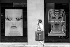 Beauty beats (Knut Arne Gjertsen) Tags: street city people urban blackandwhite bw woman monochrome fashion spain photographer candid streetphotography murcia es cartagena streetshot achromatic knutarnegjertsen