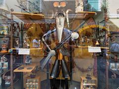 Taormina Selfie (pierre.aden) Tags: italy window shop gun pipes sicily taormina selfie