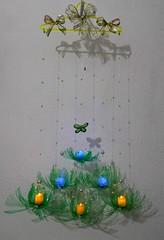 Àrvore de Natal móbile (Ione logullo(www.brechodeideias.com)) Tags: pet natal led árvore pedrarias