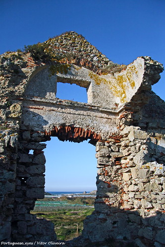 Ruínas do Convento de Penafirme - Portugal