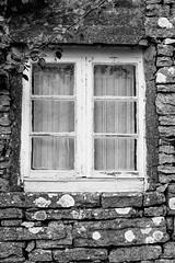 Window (mripp) Tags: white black heritage window mono fenster schweden monochrom weiss schwarz land kulturerbe scharzweiss