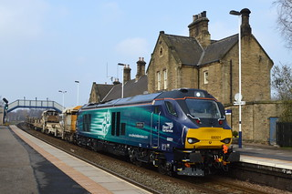 68001 Evolution passes Mexborough station with the 6Z52 Toton to Scunthorpe, 17th March 2015.