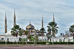 Masjid Kristal (chooyutshing) Tags: masjidkristal crystalmosque islamicheritagepark tamantamadunislam terengganu malaysia