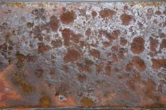 Gelnder (Pascal Volk) Tags: macro berlin texture closeup pattern struktur makro muster nahaufnahme berlinlichtenberg textur landsbergerallee flickrphotowalk macrotextures macromondays macrodreams sonydscrx100 flickr10photowalk