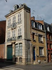Maison de l'Atlante et Maison Art dco (xavnco2) Tags: house france architecture french casa maison amiens picardie archi artdco somme atlante