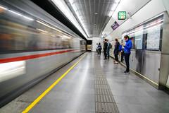 Stillstand und Bewegung  - Motion and Stagnation (ralfkai41) Tags: sterreich stillstand austria bewegung speed subway zug geschwindigkeit unschrfe gegenstze wien stagnation vienna movement ubahn underground tunnel train motionblur