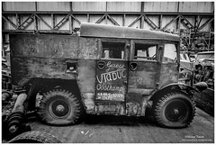 _MTA5662.jpg (Moyse911) Tags: auto usa truck army photo amazing factory fuji tank sam jeep image military picture camion american militaire fou insolite vieux armee oncle urbex amricain hangars xt1 ancetre onclesamurbexauto