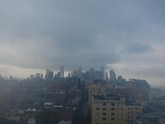 201607049 New York City Lower Manhattan (taigatrommelchen) Tags: 20160728 usa ny newyork newyorkcity nyc manhattan financialdistrict greenwichvillage meatpackingdistrict westvillage sky clouds weather icon city skyline building