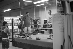Mirror (Pablo Amendolara) Tags: boxing mirror reflection black white montreal amateur boxe sparring