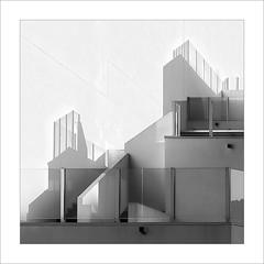 Abstracció en terrassa / Abstraction in terrace (ximo rosell) Tags: ximorosell bn blackandwhite blancoynegro bw llum luz light terraza cullera arquitectura architecture buildings composició cuadrado squares nikon d750 detall