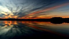 Coucher de soleil  Pabos (pascal_roussy) Tags: coucherdesoleil sunset reflet eau water couleur color nuage clouds paysage landscape canada qubec gaspsie pabos automne fall nikon d3100 nature baie