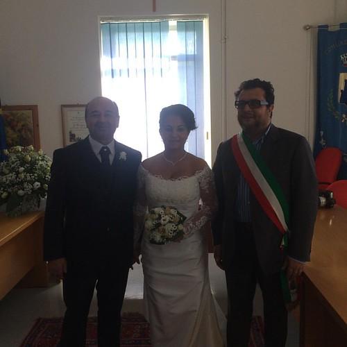 Stamattina ho celebrato il matrimonio civile tra Carlo e Danielle. Auguri agli sposi una immensa e duratura vita felice e serena.