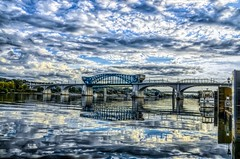 Sky Fall (2) (Roland 22) Tags: marketstreetbridge northshore chattanoogatennessee coolidgepark sky clouds reflections white blue boats tennesseriver flickr