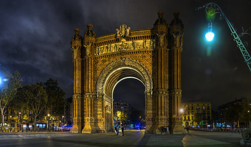Thumbnail from Arc del Triomf