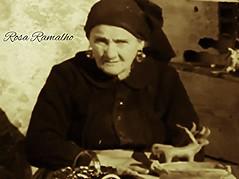 Rosa Ramalho (Cogitao - cogito ergo sum) Tags: portrait ceramica art portugal ceramic surrealism artesanato rosa cermica pottery surrealist cultura barro artesana cermica portogallo barbosa argila artisanat barcelos surrealismo ramalho surrealista artigianato artenaif cramiques rosaramalho casimirobarbosalopes rosabarbosalopes joobarbosalopes manuelbarbosaramalho