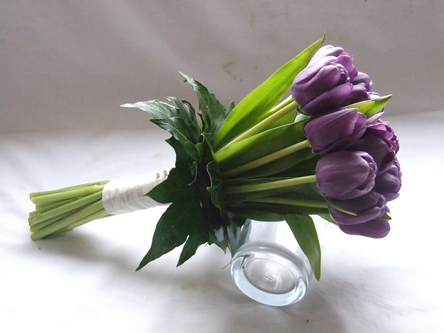 DSCF5008 Purple Tulip Bridesmaid