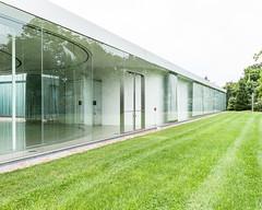sanaa-glass-pavilion-2013-1511.jpg (samuel ludwig) Tags: ohio architecture published toledo oh sanaa toledomuseumofart 20012006 glasspavilion kazuyosejimaryuenishizawa