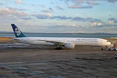 ZK-OKM Boeing B777-319ER Air New Zealand Auckland 16th February 2015 (michael_hibbins) Tags: