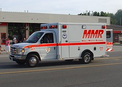 Mobile Medical Response (MMR) Ambulance (TrueWolverine87) Tags: ford michigan ambulance paramedics mmr medics lifesupport saginawcounty forde450 medicalresponse geneseecounty mobilemedicalresponse mmrambulance