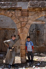 Village Boys, Yemen (Rod Waddington) Tags: stone arch village stonework arabic arab historical yemen clan ethnic yemeni jambe boystwo