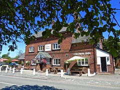 Crown Inn - Goostrey (garstonian11) Tags: cheshire pubs camra realale goostrey gbg2016