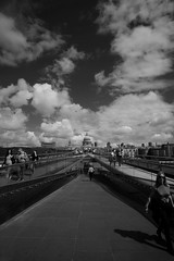 St Pauls (stugee) Tags: fuji fujifilm samyang rokinon 12mm f20 st pauls london cathedral black white mono noir monochrome bw bn blanc et cloud sky millennium bridge
