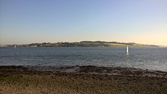 Hottest day of the year. (sheumais63) Tags: ferry river scotland dundee angus tay broughty
