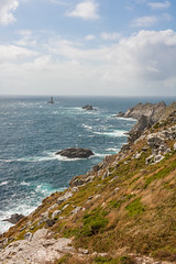 Pointe du Raz avec le Phare de la Vieille (Parentez) Tags: ocean sea france nature catchycolors landscape bretagne paysage phare pointeduraz parentez