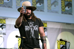 Jason Momoa (Gage Skidmore) Tags: zack snyder ben affleck henry cavill gal gadot ray fisher ezra miller jason momoa justice league film san diego comic con international california convention center