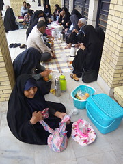 t the bus station (Yazd, Iran) (Sasha India) Tags: iran irn yazd yezd busterminal lunch people                djeuner