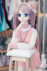 Nanoha in a Spring outfit (GabrielVH) Tags: 50mm 7d boots canon cute dd dollfie dollfiedream greeneyes nanoha necklace pink purplehair spring stockings volks flickrsafe