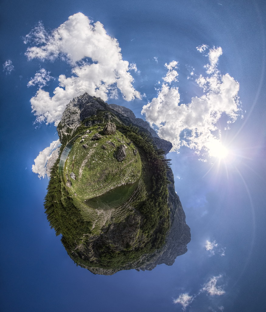 The World's Best Photos of clouds and stereographic - Flickr