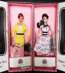 2 beauties from this year 2016 Poppy Parker collection (duckhoa_le) Tags: poppy parker bonbon paris springtime tres chic boutique fashion royalty integrity toys doll dolls pink photography box new nrfb beauty style parisian france french